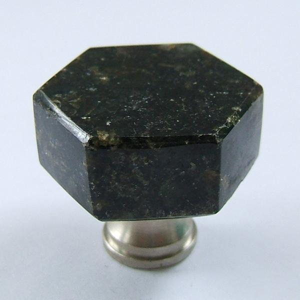 verde ubatuba granite knobs and handles for kitchen